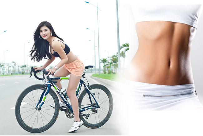 Đạp xe thể dục giúp vòng eo thon gọn hơn