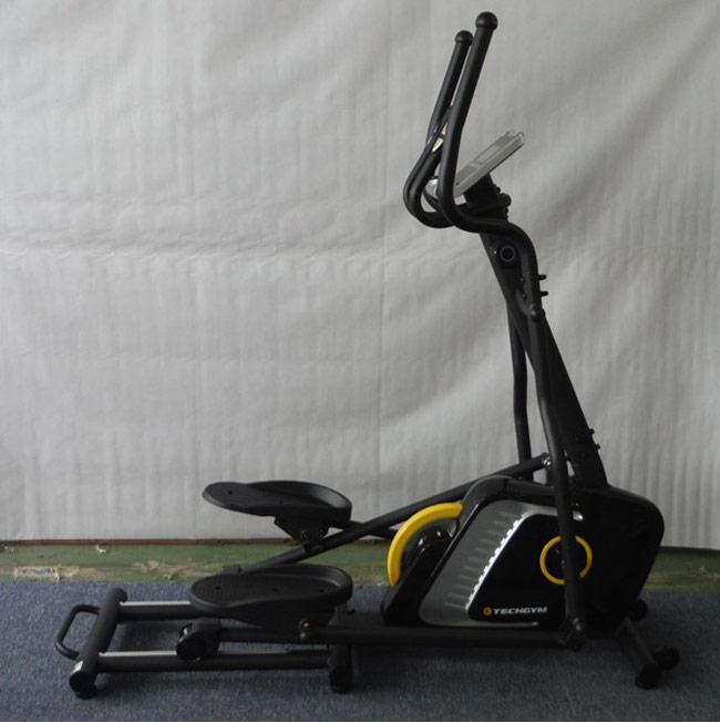 Xe đạp tập TechGym 1700