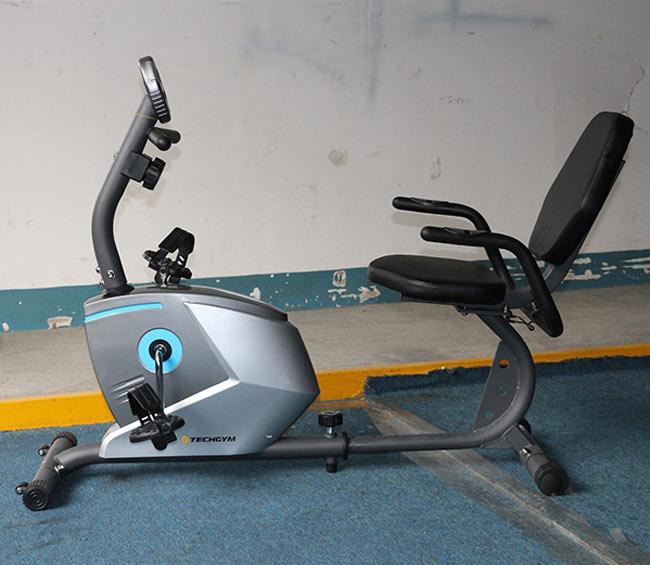 Xe đạp tập HQ-3200R